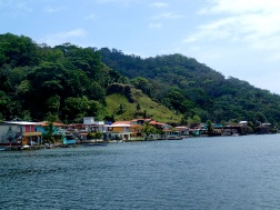 The town of Portobelo, on the hill above the remains of another fortress can be seen