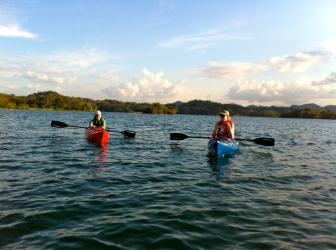 Kayaking tour the Gatun Lake