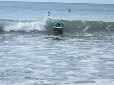 Surfing classes in Panama