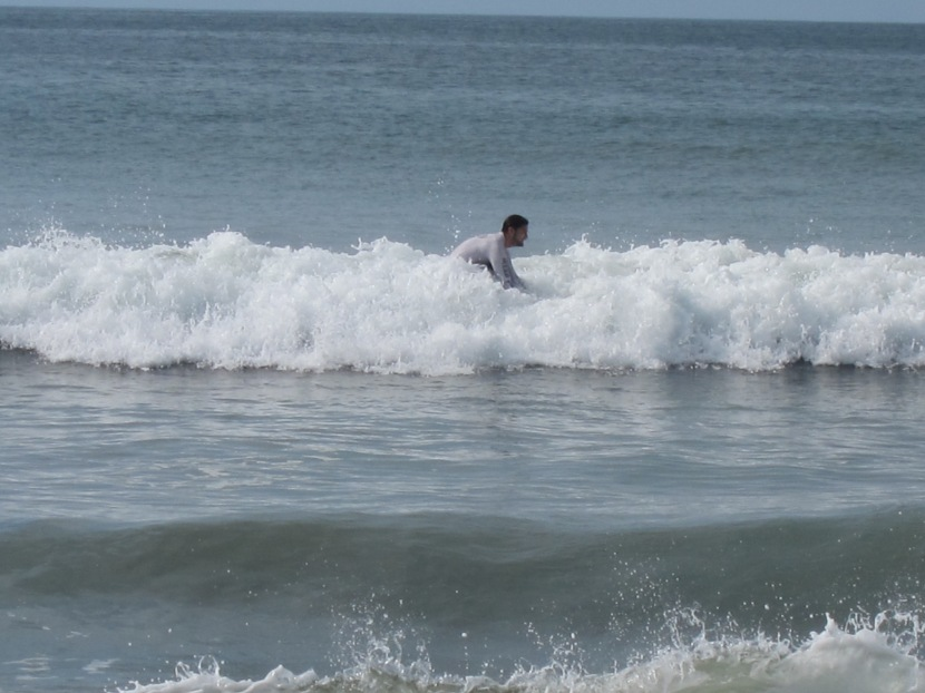 Learn to Surf in Panama!  (Beginner and intermediatelevels)
