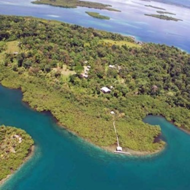 Tranquilo Bay EcoAdventure lodge